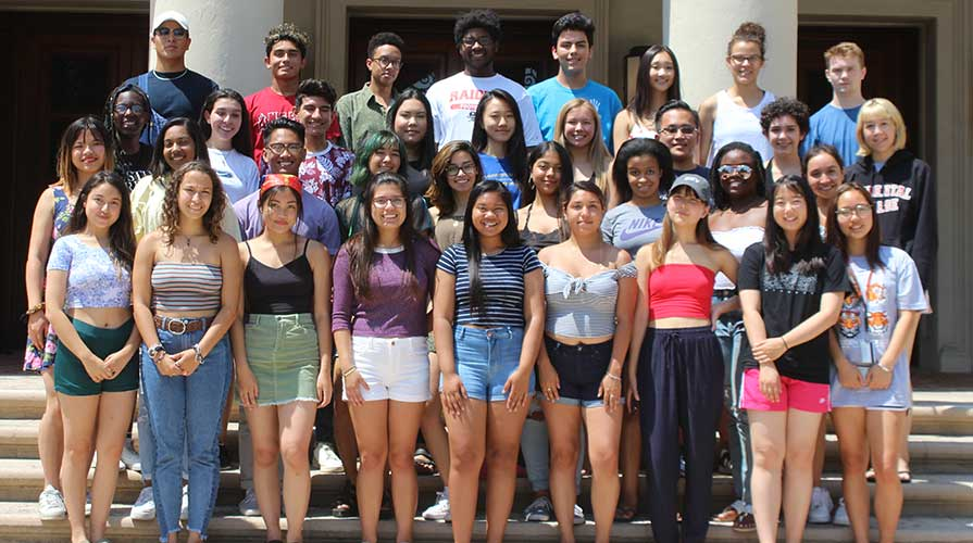 Oxy Multicultural Summer Institute participants