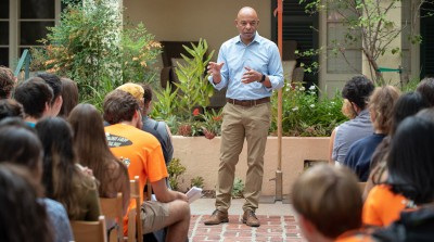 Dean of Students Rob Flot welcomes students to Occidental College