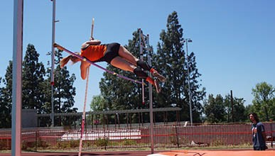 oxy student athlete pole vaulting