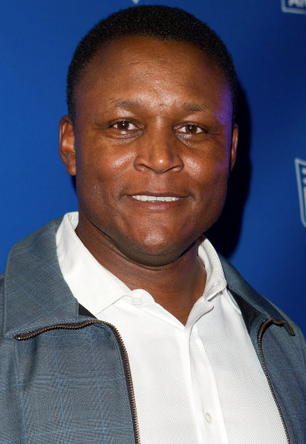 Image for Barry Sanders, Chair of Southern California Committee for the Olympic Games, visits campus