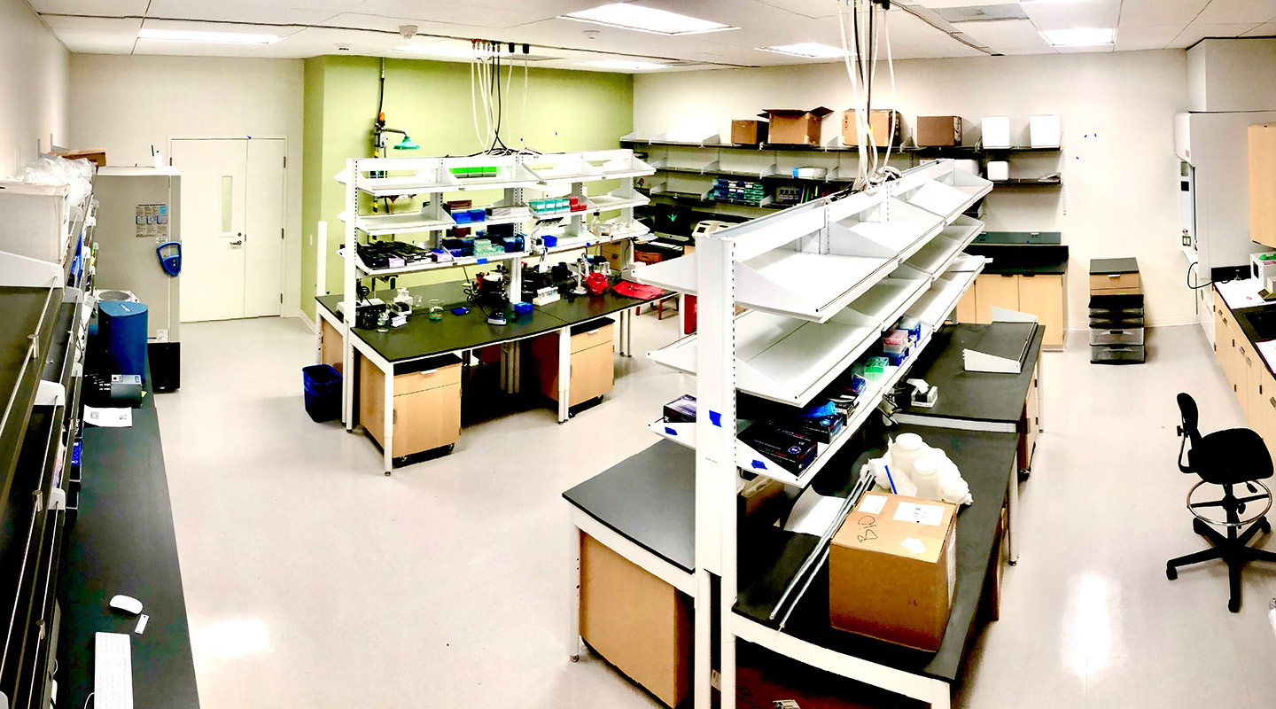 A wide shot of equipment in the Genomics Center Lab