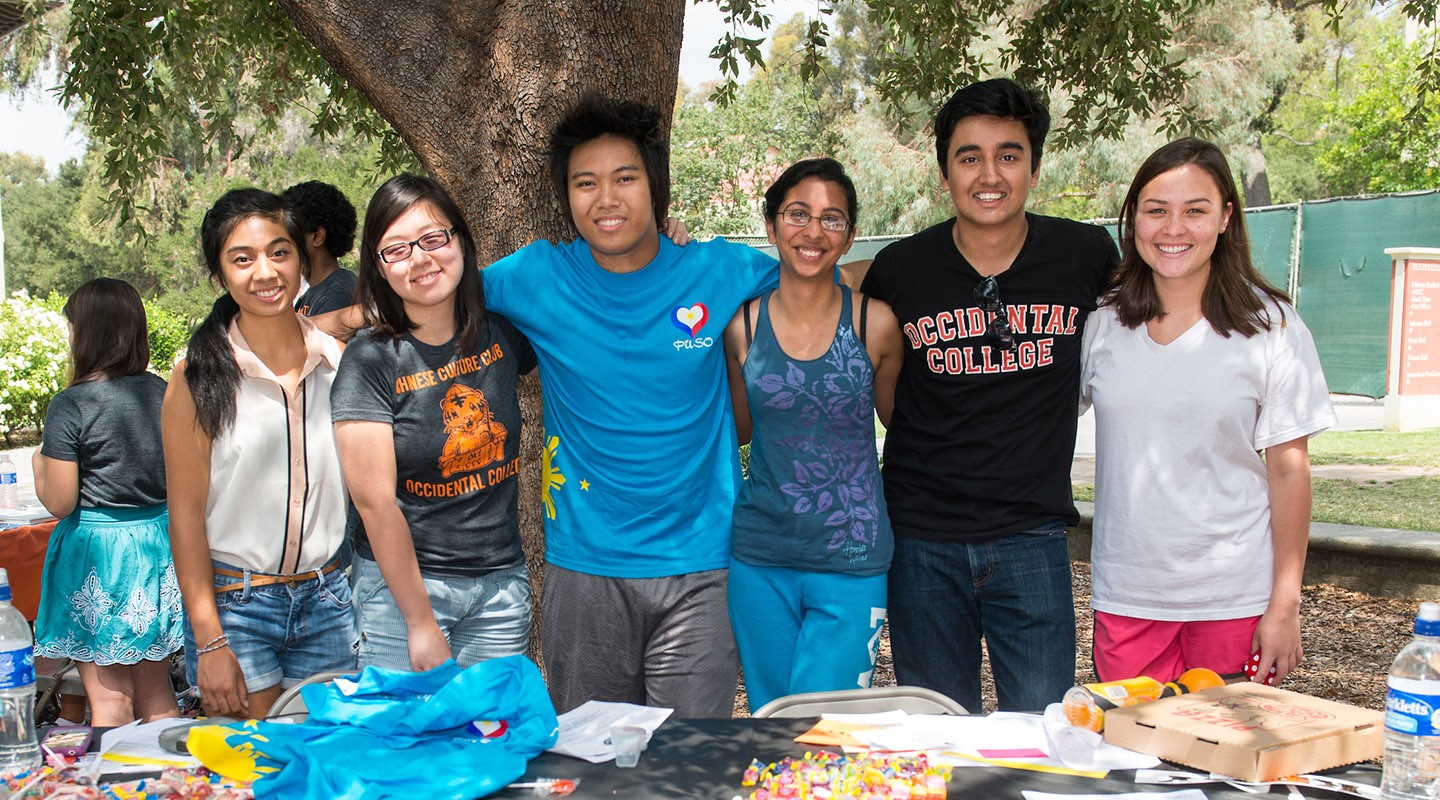 students at the involvement fair on campus