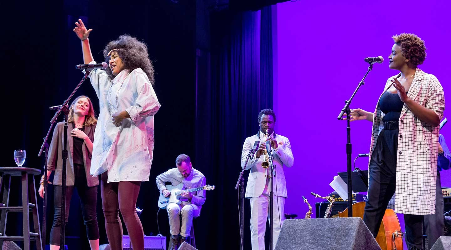 Singer Esperanza Spalding, a 2018 Hume Fellow at Oxy