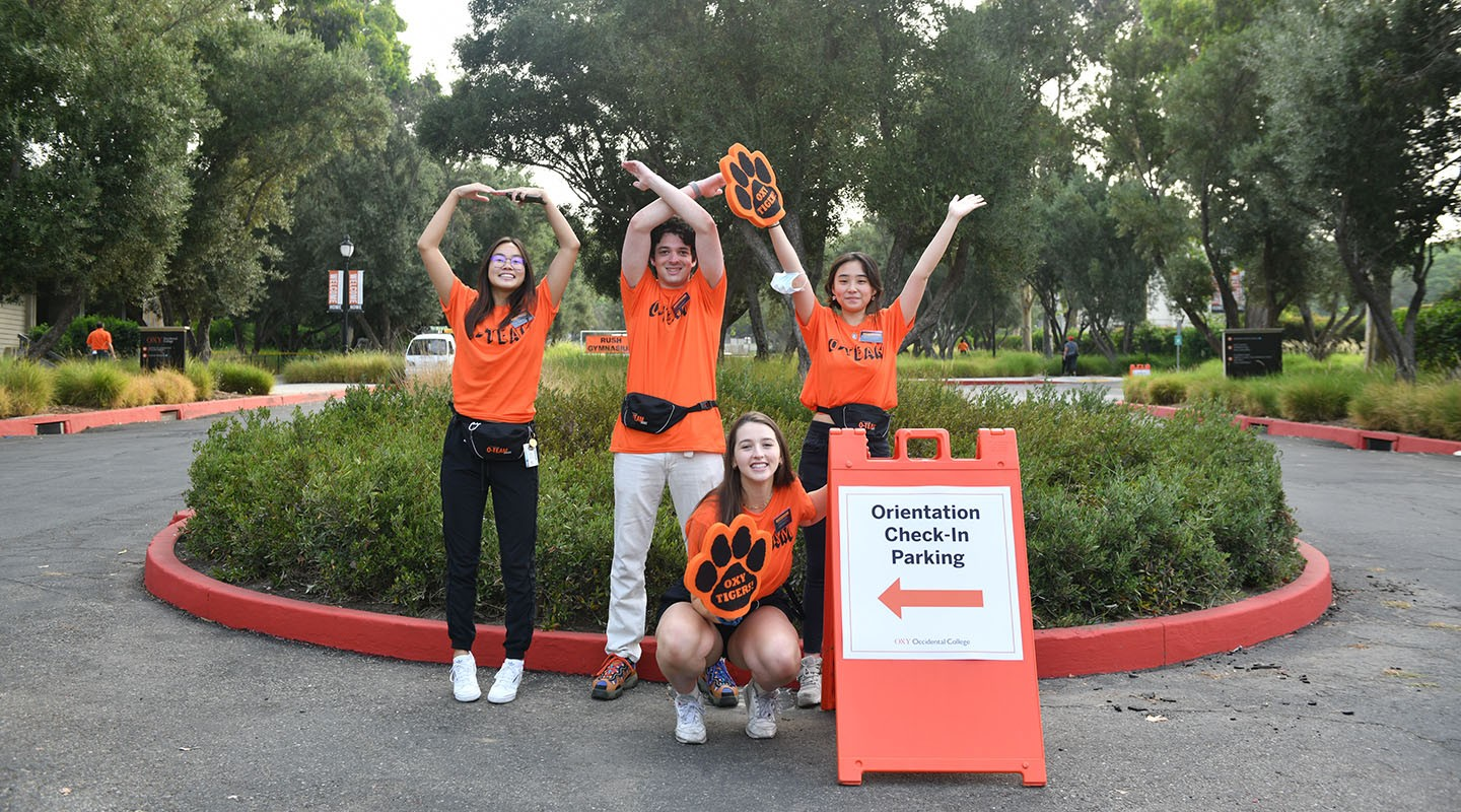 Orientation leaders welcome new students to campus
