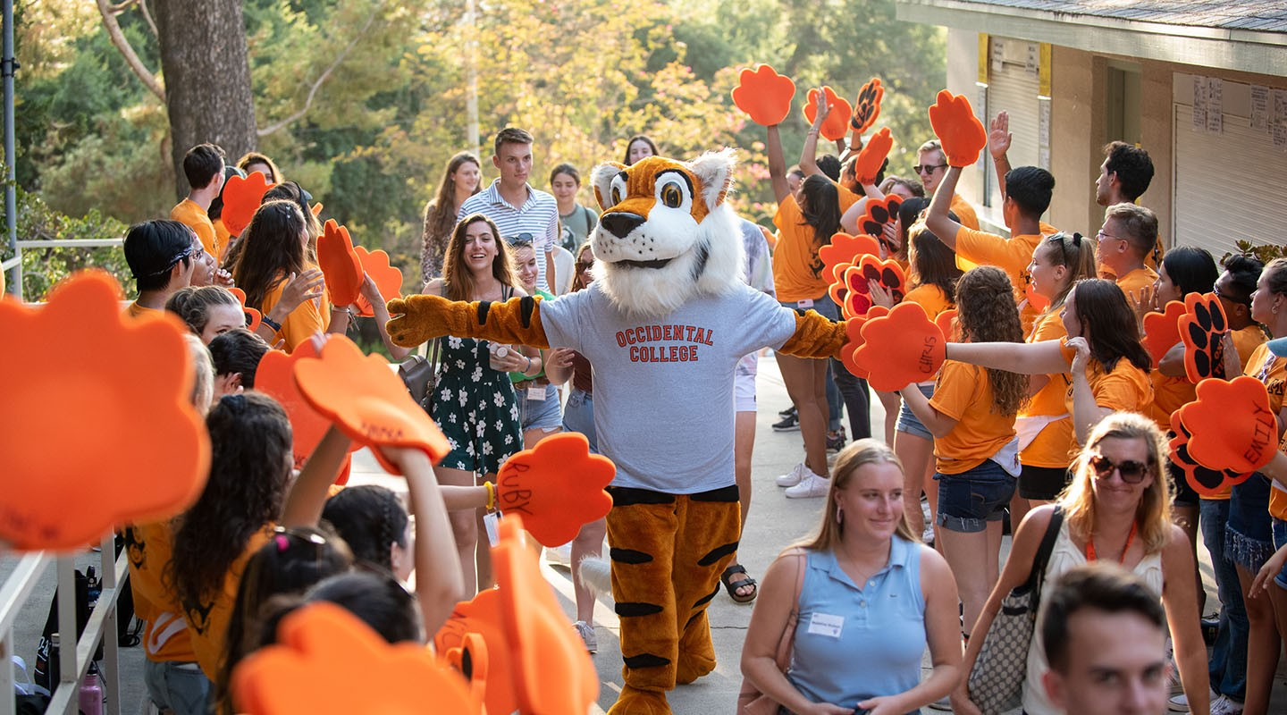 Oswald and O-Team on move-in day 2019