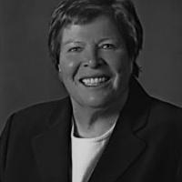 Photo of Dr. Pamela Walker