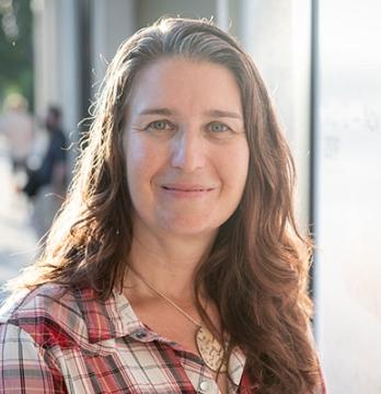 Professor Shanna Lorenz