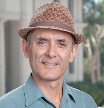 Professor Raul Villa