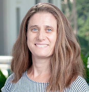 Oxy chemistry professor Emmanuelle Despagnet-Ayoub