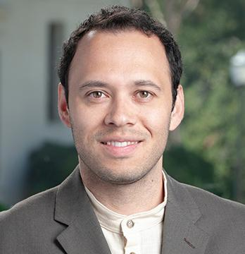 Oxy DWA professor Juvenal Cortes