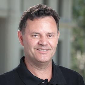 Professor Salvador Fernández