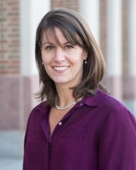 Headshot of Leslie Butler