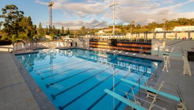 De Mandel Aquatics Center