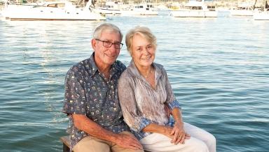 Alumnus Tod White and his wife Linda